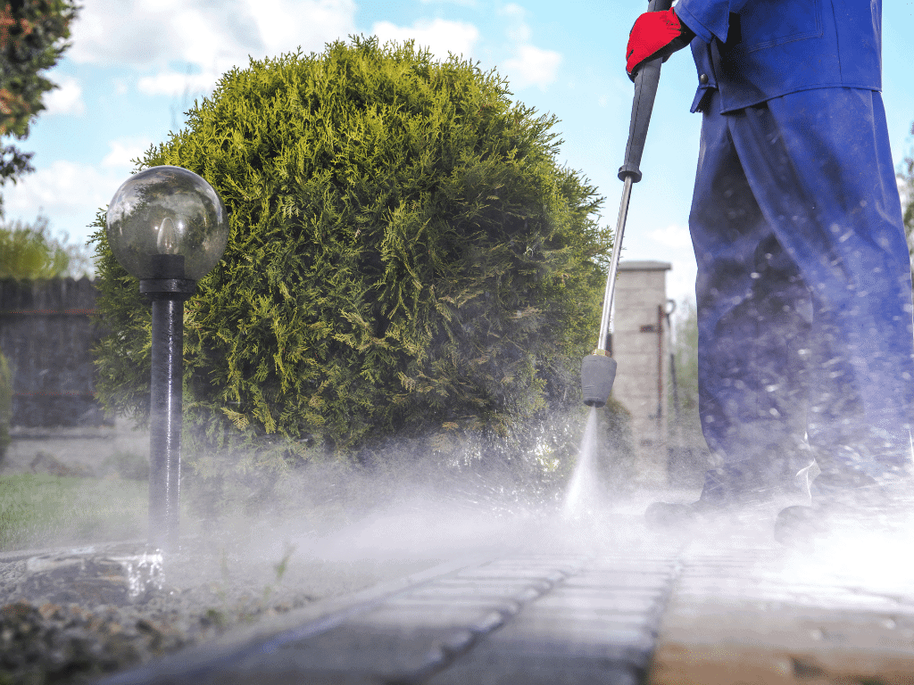 What to look for when choosing a pressure washing company
